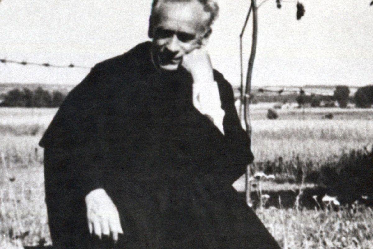 Życie wybitnych naturoterapeutów - ojciec Klimuszko